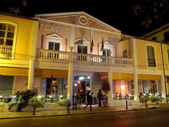 El Teatre Pereira va ser inaugurat el 1899