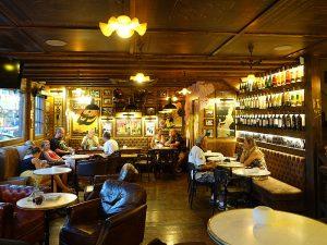 El Cafè Mercat, una taverna de barri