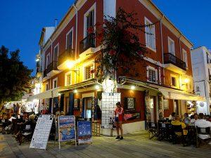 El Bar Can Pou és el cafè més antic de la ciutat