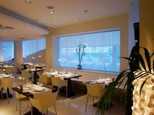 Restaurant de l'Hotel Pachá, al passeig Marítim